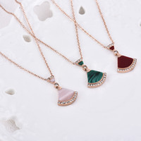 Wholesale white shell pendant resale online - New Shell Mini sector Skirt Necklace Girl Electroplated Rose White Shell Green Red and Pink Agate Clavicle Chain