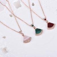 halsketten muscheln großhandel-New Shell Mini-Sektor Rock Halskette Mädchen Galvani Rose, White Shell, Grün, Rot und Rosa Achat Claviclekette