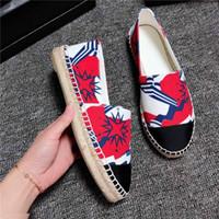 zapato menos al por mayor-Logotipo de primavera / otoño Sylvie Canvas Espadrille para mujer Mocasines casuales Slip-Ons punta redonda zapatos con cordones alpargatas C1H7