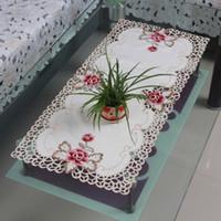 qualität garten lieferungen großhandel-Qualität Floral Tischdecke bestickt Satin Stoff Hochzeitsfeiern Feiern Tischset Dekoration Home Garden Supplies