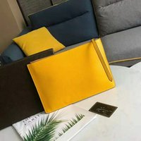 Wholesale silk small cell phone purse for sale - Group buy Bag Lady Handbags Fashion Joker Leisure And Hand BaoChun Guarantee Clip Wallet Color Envelope Leather Handbag For Women Clutch Purses