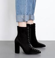 martin şövalye çizmeleri dantellemek toptan satış-Trendy lace up sivri burun kalın topuk ayak bileği patik siyah sentetik süet tıknaz topuklu şövalye çizmeler kadın tasarımcı çizmeler boyutu 35 ila 40