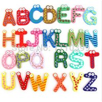 harfler ahşap yapboz toptan satış-26 adet / takım Montessori Oyuncaklar Çocuk Erken Eğitim Öğrenme Bulmaca Ahşap Oyuncaklar Harfler A-Z Alfabe Dolabı Magnet Oyuncaklar