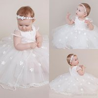 kız vaftiz 가운 tül toptan satış-Bebek Kızlar Için güzel Aplikler Vaftiz Elbiseler Boncuklu Jewel Boyun Çizgisi Kat Uzunluk Vaftiz Elbise Tül İlk Iletişim Abiye