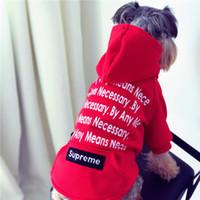 chandails polaires chauds achat en gros de-En gros marée hot dog polaires hoodies mignon chiot en peluche schnauzer vêtements automne hiver chaud vêtements petit chien pull rouge vêtements