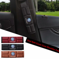 volkswagen koltuklar toptan satış-Araba Emniyet Kemeri Kapak Kılıf Omuz Pedi Volkswagen VW Polo Golf 3 Böceği MK2 MK3 MK4 MK5 MK6 Bora CC Passat Kırmızı Siyah Kahverengi Bellek Pamuk