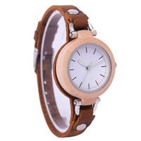 vintage bracelet watch deri kızlar toptan satış-YENI Vintage Stil Ahşap İzle Kadınlar Küçük Deri Bambu Ahşap Bayanlar Saatler Kol Saati Kız Hediye Için Bilezik