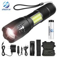 taschenlampe fackel lumen großhandel-LED-Taschenlampe Seite COB-Lampe Design T6 / L2 8000 Lumen Zoomable Taschenlampe 4 Lichtmodi für 18650 Akku + Ladegerät + Geschenk
