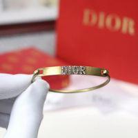mujeres calientes abiertas al por mayor-Diseñador de joyas de lujo Pulseras de oro rosa para las mujeres trébol abierto brazaletes pulseras moda caliente libre de envío
