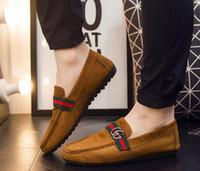 sapatas de condução do loafer dos homens venda por atacado-Sapatos de moda Plana marca estilista casual Mocassins homens mulheres designer de sapatos de negócios dos homens Chinelo de Fumar sapatos de Condução tamanho 35-43