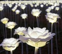 ingrosso ha portato le rose del fiore-Lanterna LED spettacolo luci da sogno LED rose fiori colorati San Valentino Parco paesaggistico quadrato all'aperto scintillante Luci natalizie LLFA