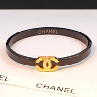 brazaletes indios envío gratis al por mayor-Nuevas letras de lujo de alta calidad Pulseras de oro rosa de acero de titanio pulsera de amor de oro brazalete para mujer joyería Pulsera de diseñador Regalos de fiesta