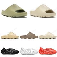 Wholesale 2020 kanye slides men women slippers runner Slide Resin Bone Desert Sand triple black fashion men slides beach