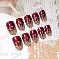 neue glitzer nagelspitzen entwirft großhandel-NEUE 24 Teile / satz Charming Gefälschte Nagel Schimmer Glitter Design Nail art Falsche Tipps Full Cover Nägel Kunst Tipps