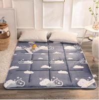 гостиничные матрасы оптовых-Складной Kingsize кровать подушка pad Для Толстой фланели татами дома супер мягкий теплый наматрасник материал безопасности спальня Funiture