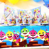 biscoitos de bebê venda por atacado-195 pçs / lote Tubarão Bebê decoração do partido conjunto de utensílios de mesa Dos Desenhos Animados canudos placas copos Banners Food Candy Biscuits Sacos de Festa Do Balão tema adereços A52102
