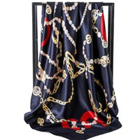 ingrosso sciarpe di seta in poliestere-Sciarpa di marca per le donne Modello di lettera di primavera Sciarpe di lusso Scialli di seta di poliestere di alta qualità 90 * 90 cm