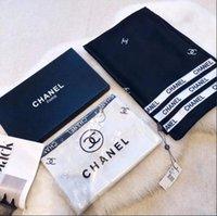 envoltórios senhoras ponchos venda por atacado-2019 Boa Qualidade Designer Clássico Europeu marcas Womens Imprimir Seda Lenço Elegante Senhoras Envoltório lenços tamanho 180x90 cm W221