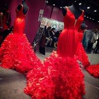 vestidos de noche de satén rojo cuello v al por mayor-2019 Nueva Moda Rojo Negro Rosa Organza Ruffles Mermaid Prom Dresses Sexy Profundo escote en V Satén Blusa Árabe Dubai Africano vestidos de noche formales