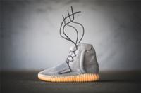 светящиеся баскетбольные ботинки оптовых-Мужская баскетбольная обувь 750 Светло-серый Gum Glow In The Dark Kanye West Shoes КроссовкиYeezy750 Дешевые Мужские Спортивные Повседневные