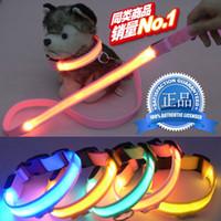 ingrosso ha condotto il collare del cane di incandescenza-Nylon Light Up Guinzaglio per cani Night Safety LED Lampeggiante Glow in Dark Dog Collar Pet Supplies Cat Drawing Trazione corda e colletto