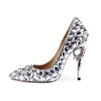 ingrosso scarpe da diamante da sposa-Lucky2019 Pop Lady Designer di scarpe da sposa in vera pelle di lusso Big Diamond con tacco a punta scarpe da sposa scarpe tacchi caldi