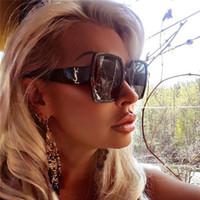 óculos transparentes venda por atacado-Moda óculos de sol para mulheres Decoração Quadrado Mulheres Óculos De Sol Moda Oversized Óculos De Sol Senhoras Claro Rosa Shades