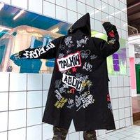 chaqueta larga acolchada hombre al por mayor-2018 Hombres de invierno Nueva chaqueta Parkas Estampado de graffiti Con capucha Algodón Wadded Abrigos High Street Hip Hop Largo acolchado Ropa interior gruesa