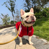 köpek spor kıyafetleri toptan satış-Kırmızı Pet Giyim Popüler Sonbahar Kış Sevimli Köpek Kıyafet Avrupa Ve Amerika Pug Kısa Sleeve Sport tişört Küçük Köpek Giyim