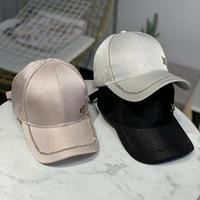 ingrosso lettera di cappello da baseball m-Berretti da baseball in tessuto di lusso mercerizzato donna cappelli da baseball con lettera M moda donna cappellini da viaggio per esterno TTA980