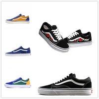 zapatos unisex pasados de moda al por mayor-Zapatos de moda Unisex House off Hombre Mujer zapatillas negro blanco Verde para diseño skate Sports Classic Old skool Causal shoe36-44 D668866887799