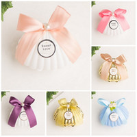 Wholesale wedding chocolate gifts for guests resale online - Plastic Gold White Blue Shell Wedding Favors Candy Boxes Chocolate Boxes Party Gift Box Souvenir for Guests