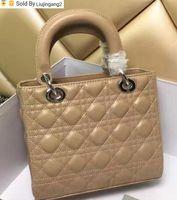 bolsa de couro bege venda por atacado-Liujingang2 Bege Lady real da manta Bolsa Rebites de patentes Tote Preto Lambskin Caviar de couro senhorita Bag