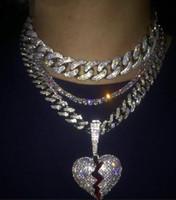 rosas de cuero para joyería al por mayor-Joyas de hip hop con Zircon cadenas de hielo Vintage Alto grado Love heart Colgante collar de acero inoxidable al por mayor para hombre collar