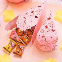 bebek şekilli kek toptan satış-Kek Şekilli Kağıt Şeker Kutuları Düğün Iyilik ve Bebek Duş için Doğum Günü Şeker Kutuları Parti Hediye Kutuları Sahipleri