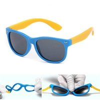 Wholesale sunglasses for babies resale online - Rubber frame Polarized Kids Sunglasses with Case Boys Girls Silicone Safety Sun Glasses Gift For Children Baby UV400 Gafas