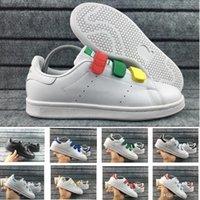 erkekler beyaz ayakkabı moda toptan satış-Orijinal Süperstar Smith erkek kadın rahat ayakkabılar yeşil siyah beyaz mavi kırmızı pembe gümüş erkek stan moda deri ayakkabı flats sneakers 36-45