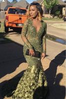 vestido sexy vestido del ejército al por mayor-Gorgeous 2019 sirena vestidos de baile con mangas largas Ejército verde Árabe Vestidos de noche Largos Froal 3D Vestidos de fiesta con cuello en V Vestidos de fiesta