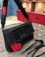 rosa dame wein großhandel-2018 New Fashion Handtasche Schultertasche Lady Bag Gold Rivet Valentinstag Taschen Kameratasche Small Blank Pink Red Wine