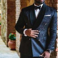 trajes de boda para hombre al por mayor-Azul marino bordado de la boda Trajes para hombre de doble botonadura personalizada Slim Fit novio esmoquin mantón de la solapa Dos pantalones piezas de chaqueta masculina Blazer