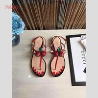 chaussures d'été fermées achat en gros de-2018 été nouvelle cristal décor pointu sandales à bout pointu peu profond rouge rose T-Strap talon plat pompes Sexy Lady chaussures