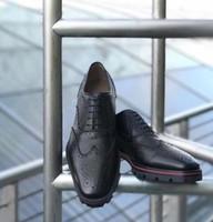 vestidos de casamento de bronze venda por atacado-Sapatilhas De Couro De Fundo Vermelho de Super Qualidade Homens Sapatos de Festa de Casamento Sapatos Casuais Homens Planas Oxford Geunine Sapatos De Couro Design de Luxo