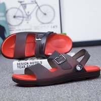 голубые тапочки оптовых-Fashion Sky Blue Mens  Slippers Mens Jelly Sandals Plastic Garden Sandals for Men Leisure Beach Slippers