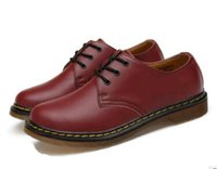 dr kleider großhandel-35-46 Echtes Leder Männer Designer Kleid Schuhe Frauen Casual Business Leder Schuhe Frauen / Herren Doc Martens Schuhe Dr. Martins