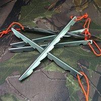 clavijas de acero inoxidable al por mayor-Aire libre EDC Carpa de acero inoxidable Clavo Tipo V Camping Instrumento Senderismo Esencial Kits de viaje Ajustable Universal 2 8hlF1