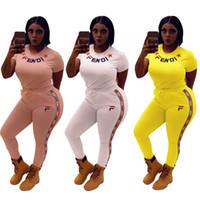 костюм для фитнеса оптовых-FENDS Женщины две части наряды FF Письмо Спортивные костюмы с коротким рукавом футболки + полосатые штаны 2 шт. Набор бренд уличной одежды Фитнес-костюм DHL C6503
