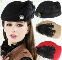 boinas de fiesta al por mayor-Pluma de imitación de lana boina moda Vintage lana fieltro mujeres boina plumas azafata pequeño Fedora sombreros de señora Party Hat