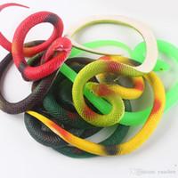 halloween des serpents en caoutchouc achat en gros de-Respectueux de l'environnement Serpent en caoutchouc Tout le corps Jouet Doux colle Snake Halloween Spoof Jouet délicat Snake