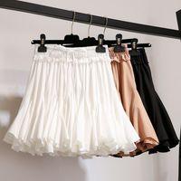 жаркая корейская юбка оптовых-Hot Sale Female White Black Chiffon Summer Shorts Skirt Women 2019 Fashion Korean High Waist Skirt Pleated Mini School