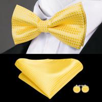 ingrosso cravatta gialla per uomini-Hi-Tie Fashion Giallo Mens Bow Tie Seta di alta qualità tessuto a mano Bowtie Fazzoletto Gemelli Set Papillon per gli uomini Matrimonio F-770